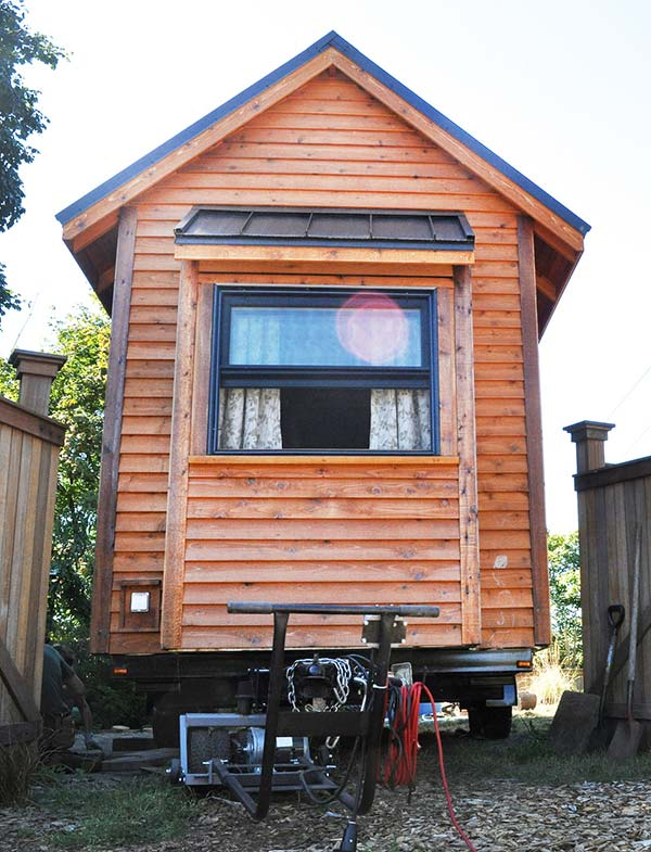 Building a tiny house on a trailer what you need to know for Small homes built on trailers