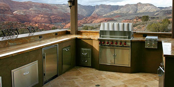 Best Grill for Your Outdoor Kitchen
