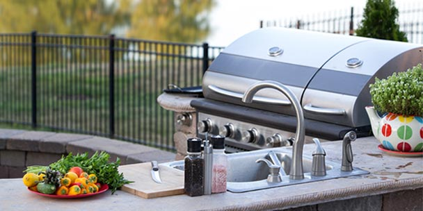 8 Tips for Designing an Awesome Outdoor Kitchen