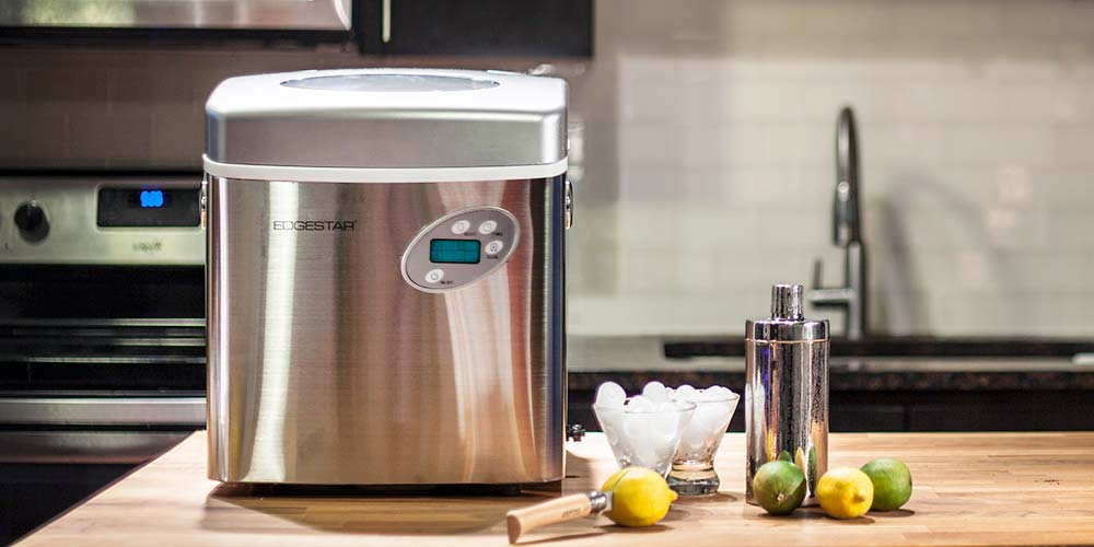 Guide to Buying a Portable Ice Maker